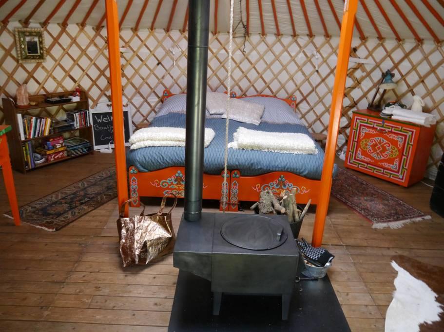 Overnachten in een ger of yurt. Unieke bed and breakfast.