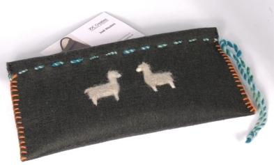 hoesje-alpaca-vilt-merino-wol, uniek handwerk
